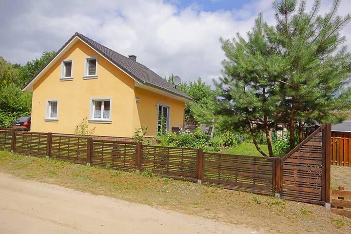 Ferienhaus Pälitzsee - Wald und Wasser
