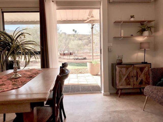 Desert Stillness - Apartment