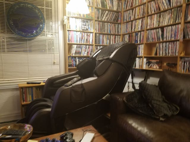 State of the art Massage chair, you won't believe the experiance!