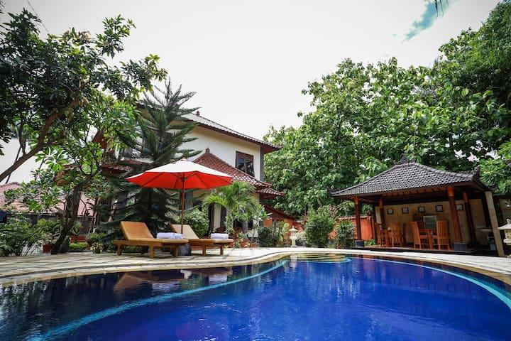 Villa Maryadi Lovina Bali