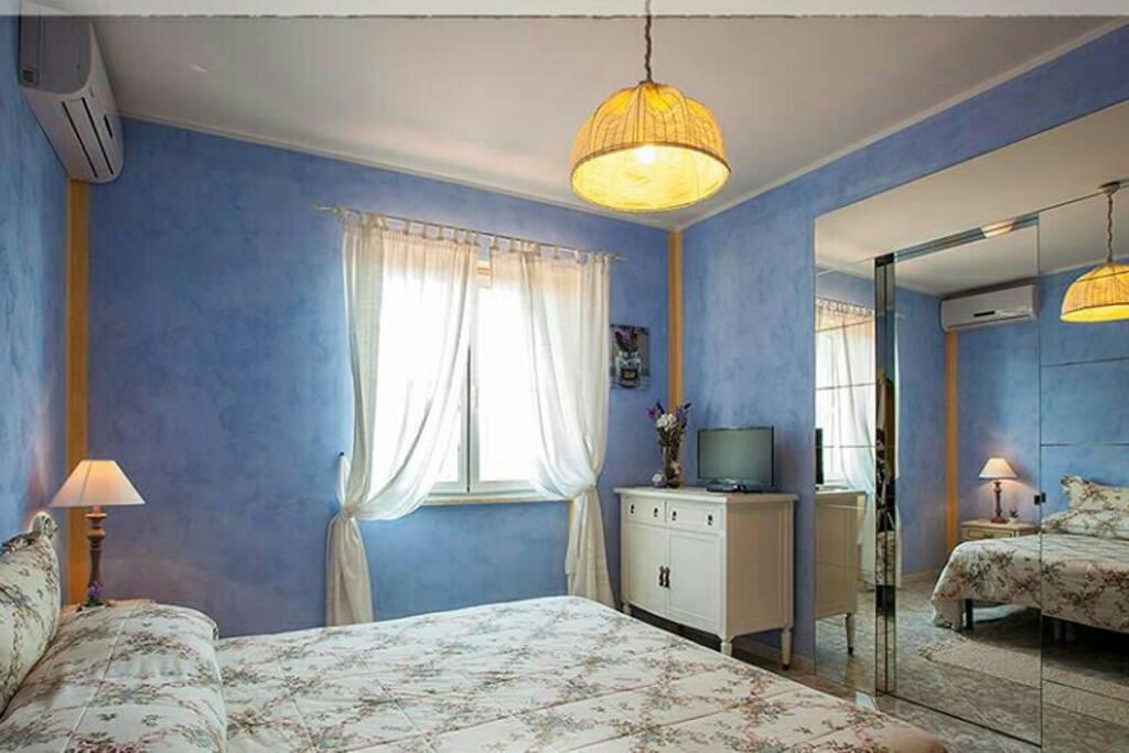 agriturismo camera iavanda chambres d 39 h tes louer. Black Bedroom Furniture Sets. Home Design Ideas
