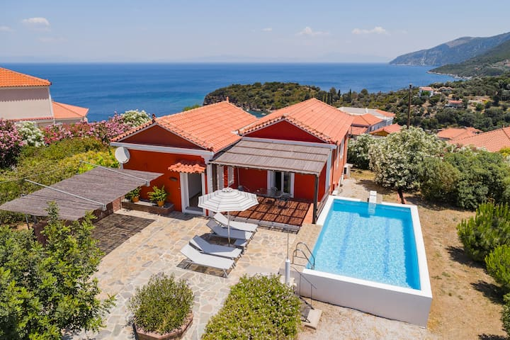 HOME...AWAY FROM HOME No1 - MOUZAKIS VILLAS