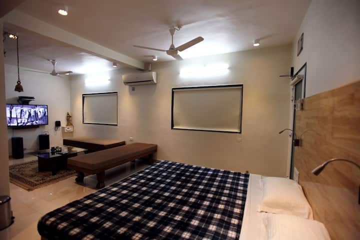 Yash Villa: Vayu Apartment