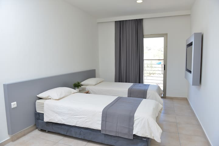 Tsabar Triple Rooms - Eilat - Hostel