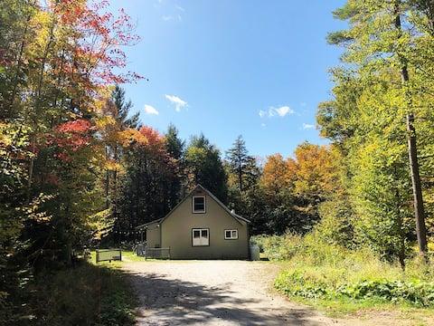 Private Cabin / Minutes to Okemo