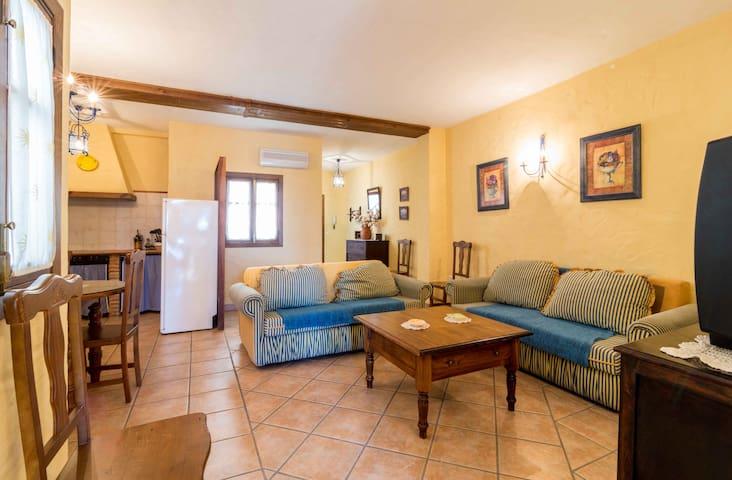 MESON RURAL APARTAMENTOS IPTUCI Nº4 - Prado del Rey - Lägenhet