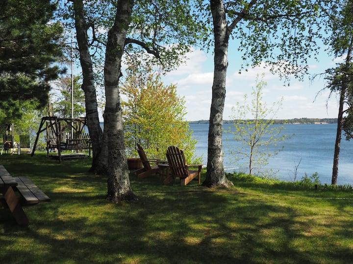 1950s Beautiful Family Cabin! Big Whitefish Lake!