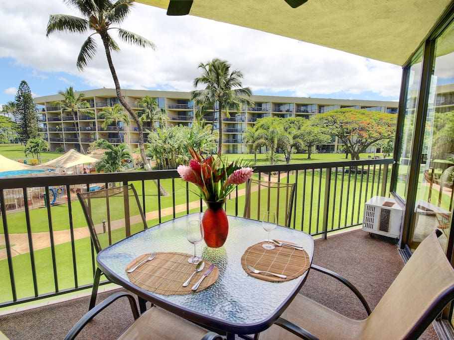 Large private lanai deck with ceiling fan for comfy afternoons