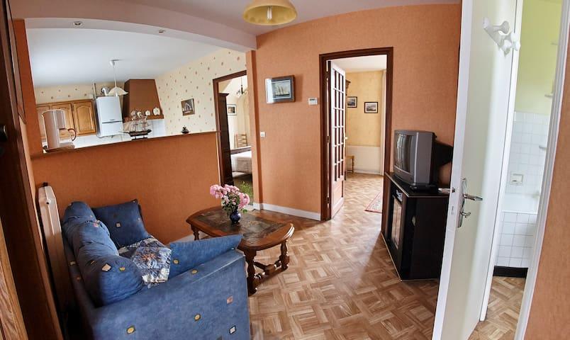 Appartement avec grand jardin - Morlaix - Apartment