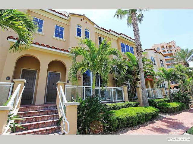 BLH13 - Private Belle Harbor Townhouse Nestled in the Heart of Clearwater Beach