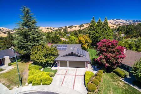 Luxury Near SF  - Audio! Pool! Spa! Views! - Walnut Creek - Talo