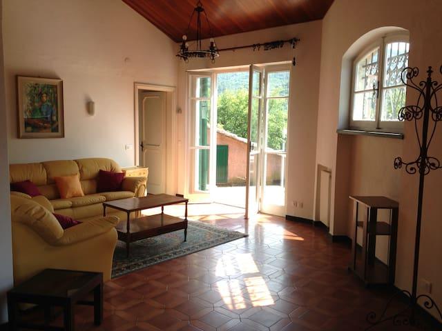 Appartamento con terrazza - Garlenda - Lejlighed