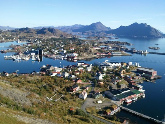 Large appartment 70sqm, Ballstad, midle of Lofoten