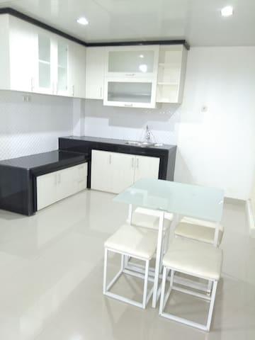 3 bedrooms house near Losari Beach