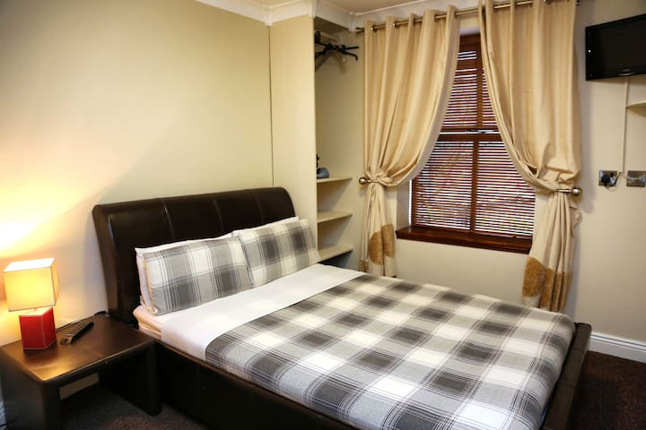 sean ogs bed and breakfast - Tralee - Appartement
