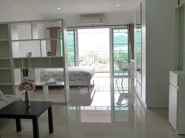 New Big Studio with stunning View in City Center - Hua Hin