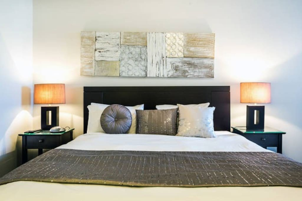 Tranquil and Luxurious Master Bedroom