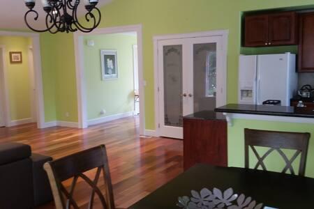 clean elegant room in Seattle north with bathroom - Lynnwood - Dom