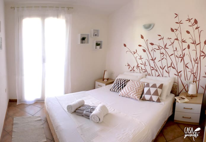 Casa Ponente: wonderful sea view and swimming pool - Badesi - Apartment