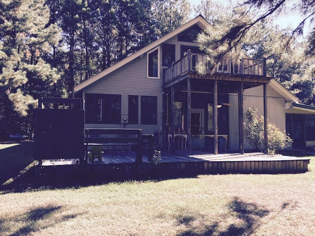 Cottage~home~~private to renter! - Franklinton - Maison