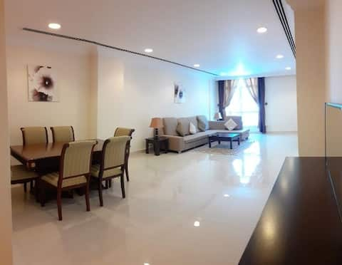 Spacious room in renovated flat in central Doha