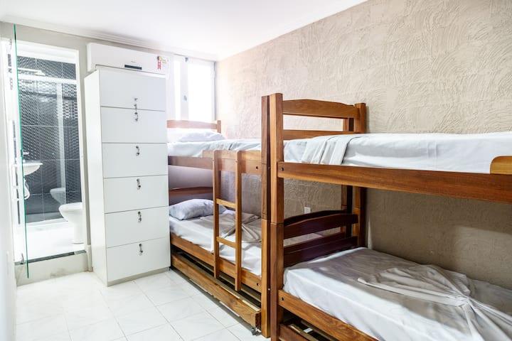 Quarto Compartilhado 4 camas