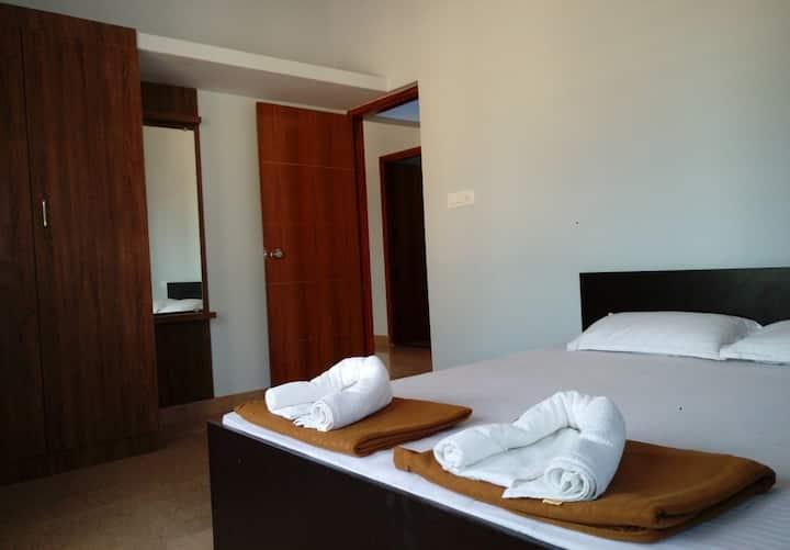 SJS Palace, Premium Service apartment