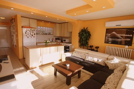 Flat with 2 Terraces in the City Center - Alsancak