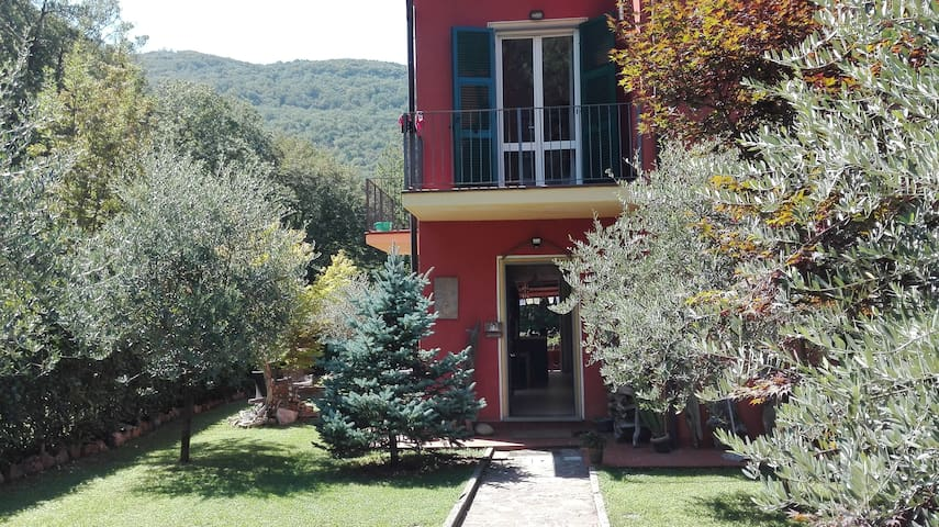 Home holiday in the Park of 5 Terre - La Spezia - Huis