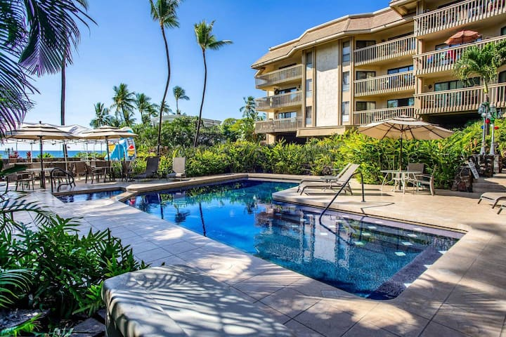 Beach Front Family Condo at famous Lymans Cove