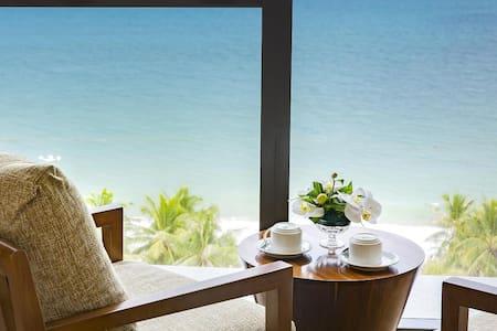 No.1 Gorgeous 5* Sea View Studio Starcity building - Thành phố Nha Trang - Huoneisto