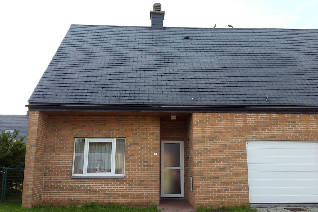 1 chambre tudiant chez l 39 habitant maisons louer for Chambre a louer charleroi belgique