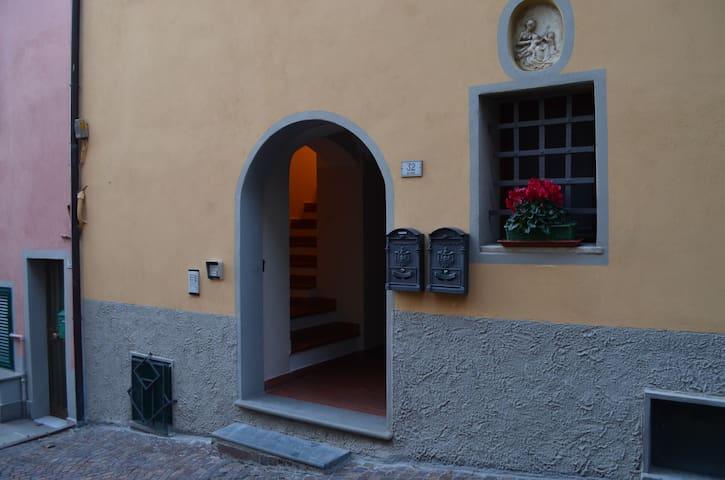 appartamento confortevole  - Bolano - Apartament