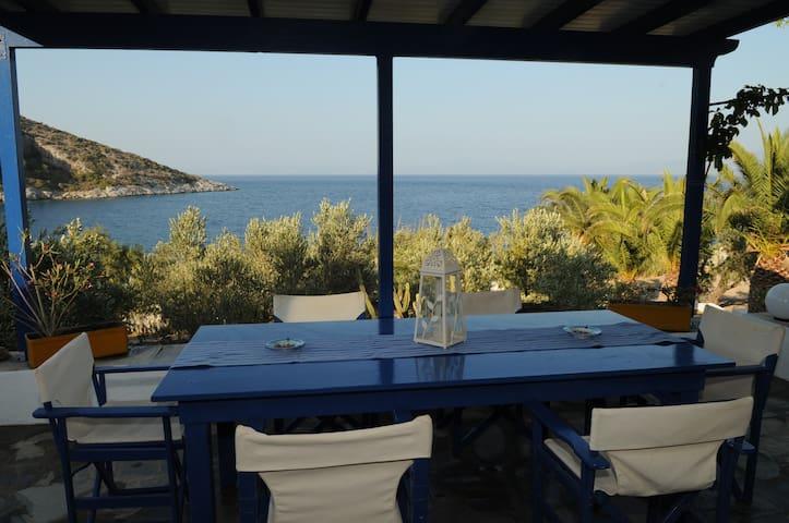 """Luxury country villa """"Sideras"""" by the sea - Posidonio - Villa"""