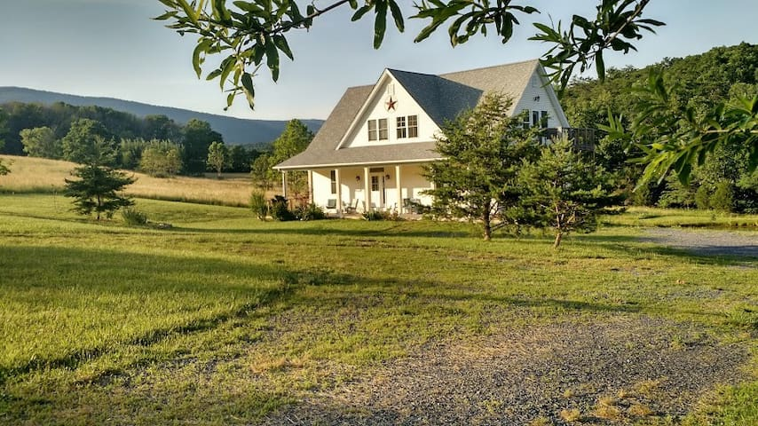Lovely mountain home near DC - Star Tannery - Talo