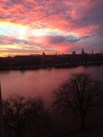 Big apt. with beautiful view over the Lakes of CPH - Kopenhagen - Appartement