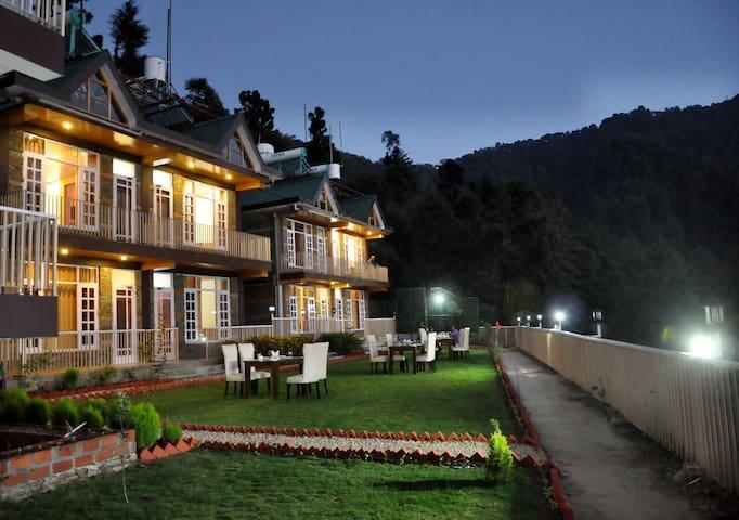 Cottage Room | Nature Walk | Peaceful Paradise