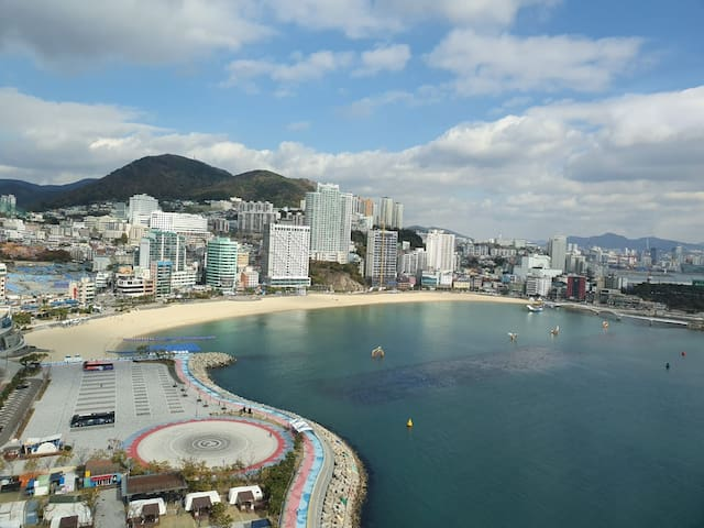 White House in Songdo beach(Pick up Busan Station)