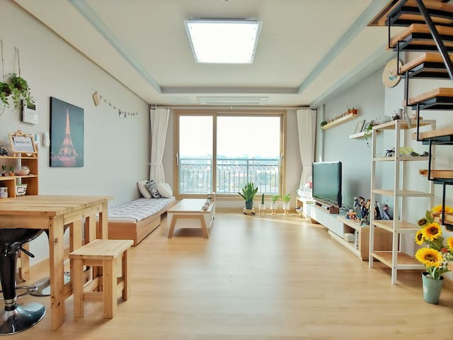 MH SHARE HOUSE IN JEJU