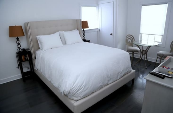 Cozy Room in the Hamptons! - Southampton - Overig