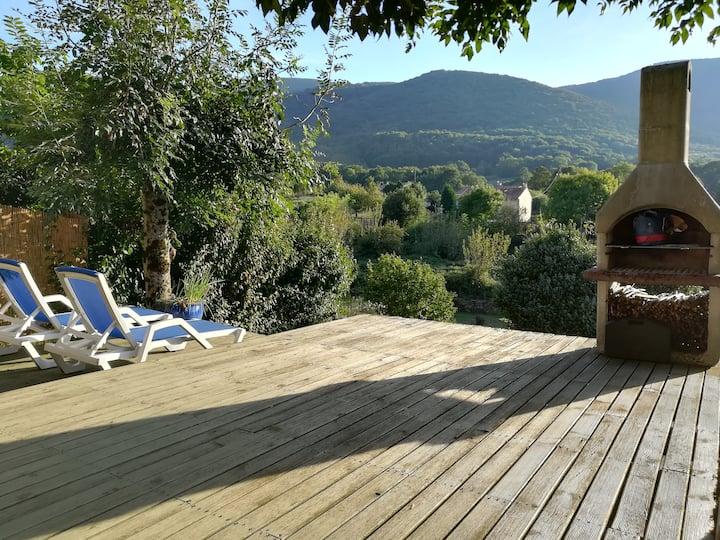 Maison de village avec superbe terrasse