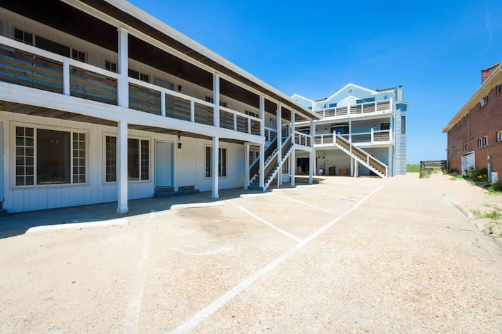 Dune Cottage Condo Monthly Rental (From $1600/mo)