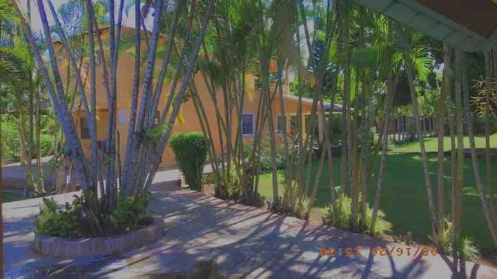 Hermosa, privada y espaciosa villa en Jarabacoa
