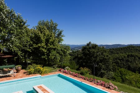 Villa with private pool, garden and amazing view - Umbertide
