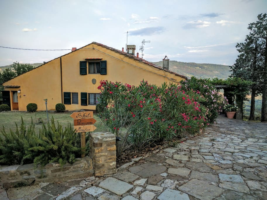 Casa Anforti Holiday Apartments Apartments For Rent In Vaglia Toscana Italy