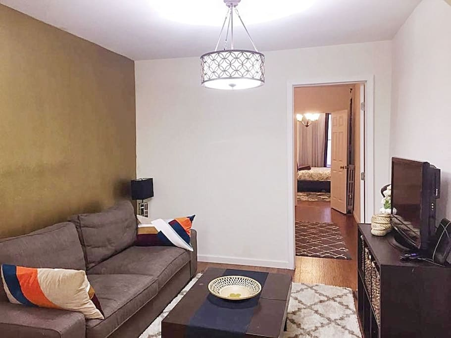 Spacious 2 Bedroom Railroad Apartment Apartments For Rent In Brooklyn New York United States