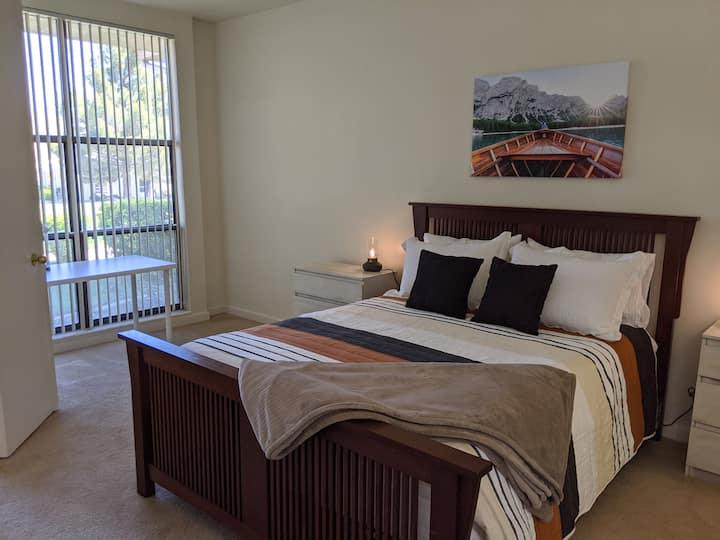 Huge 1-Bedroom Condo Mirage in the Desert
