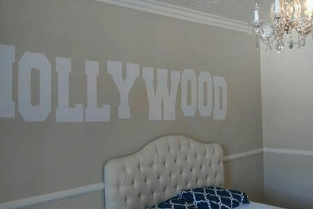 *HOLLYWOOD BUDGET STUDIO* - Los Angeles - Appartement