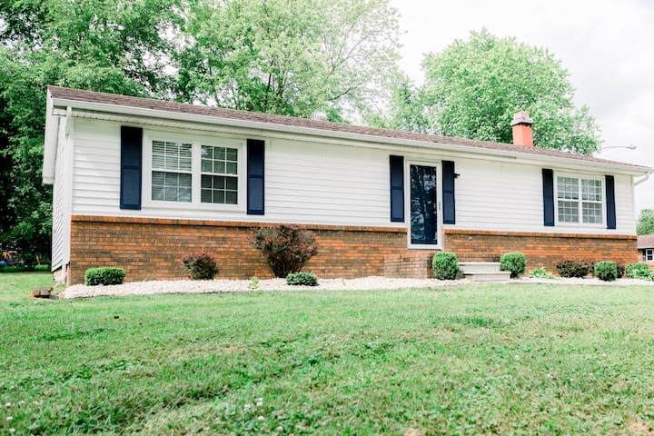 Newly Remodeled & Furnished 3 Bedroom 2 Bath House