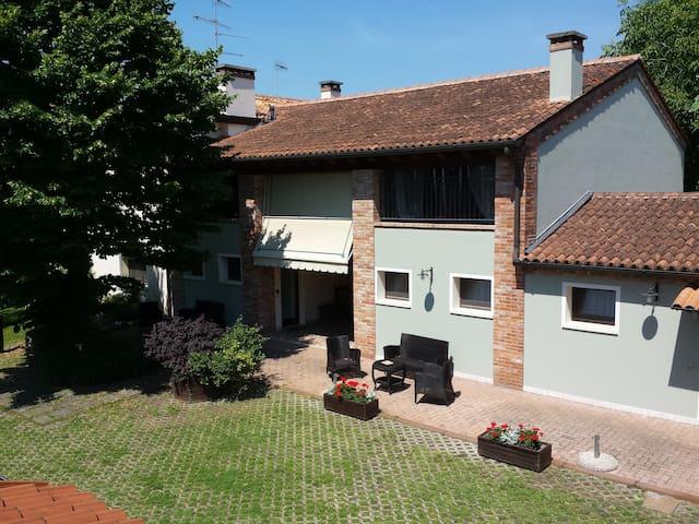 Appartamento spazioso vicino a Monselice - San Bortolo - Apartament